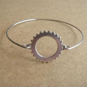 Wheel Bangle Bracelet, Simple Every..